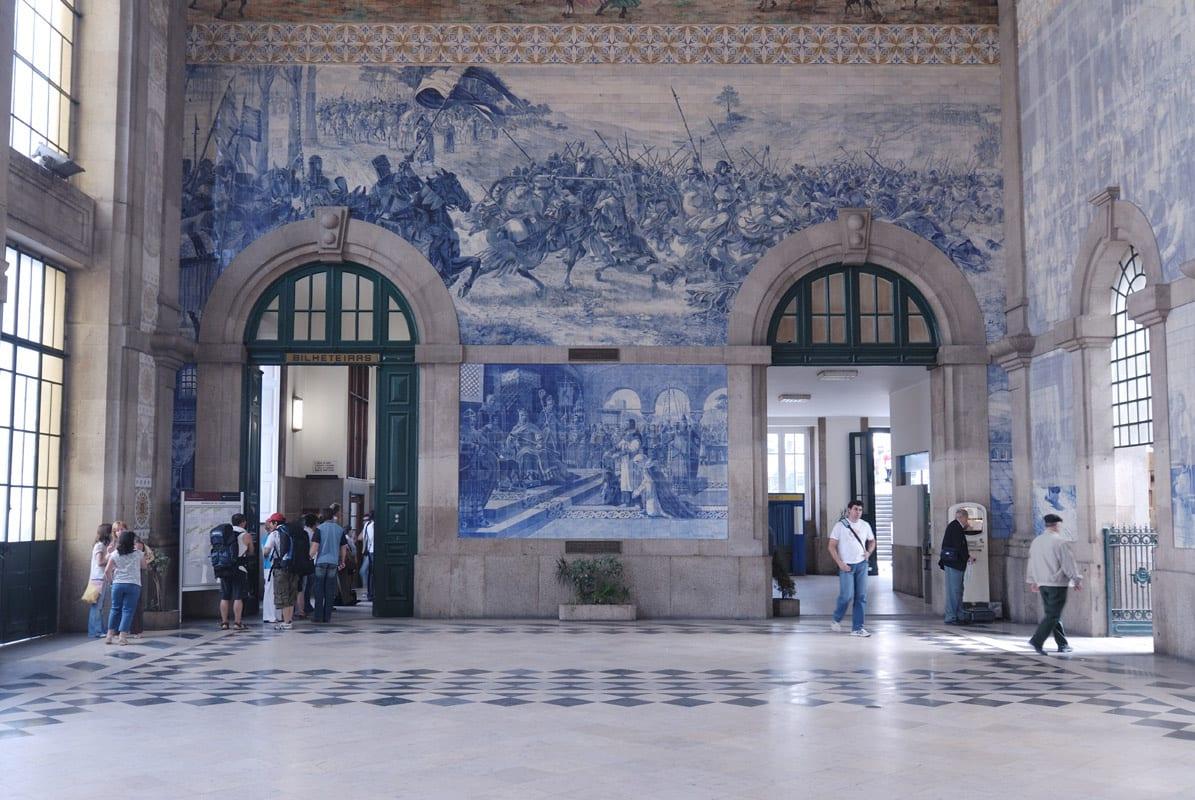 Estaci n de trenes de san bento en oporto - Que hay en portugal ...