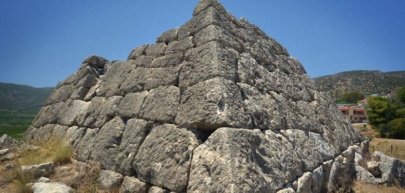piramides-en-grecia