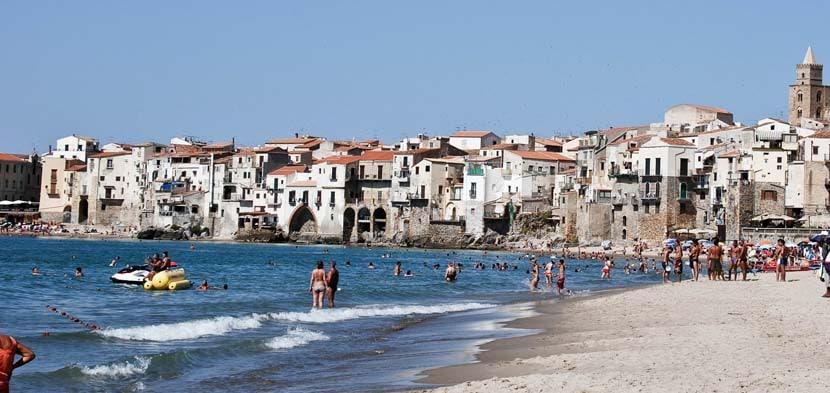 Playa Cefalu