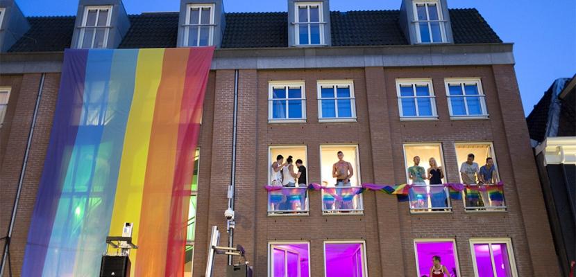 Amsterdam capital gay de europa for Hoteles en el centro de amsterdam
