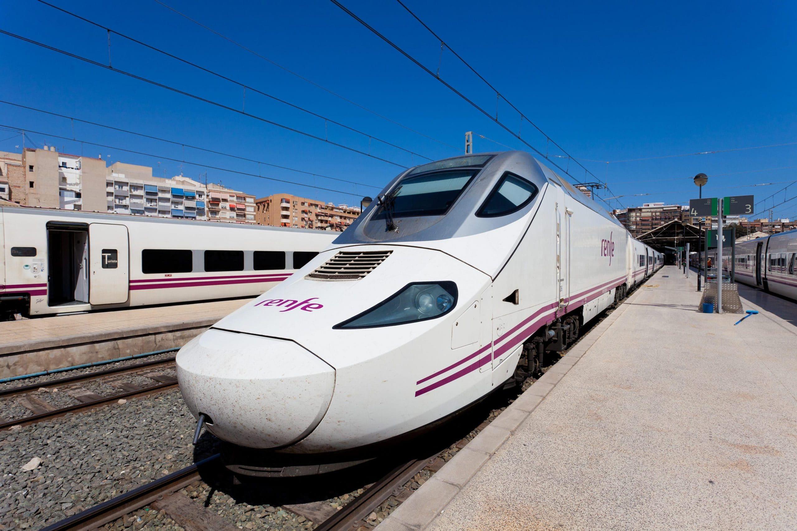 trenes portugal