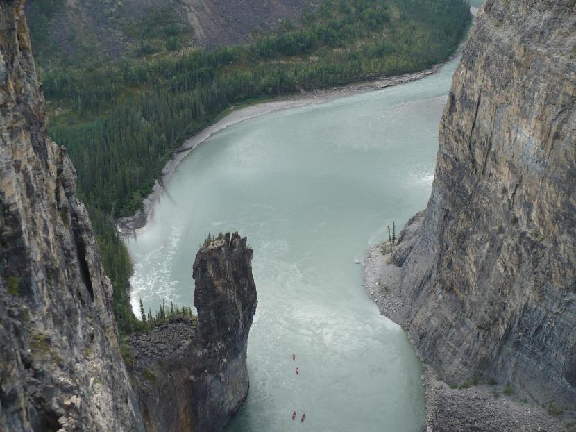 Gran Cañón de Nahani, patrimonio de la humanidad de la UNESCO