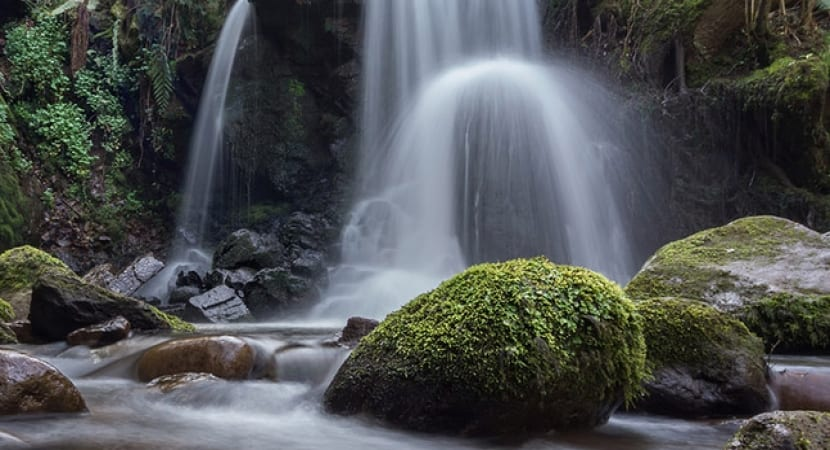 Piscinas naturales de madrid los mejores rincones para for Piscinas naturales horcajo de la sierra