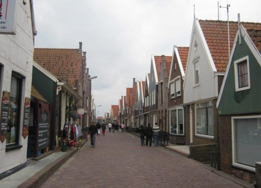 Calles laberinto de Volendam