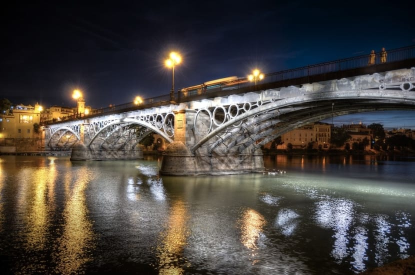 Puente de Triana luces