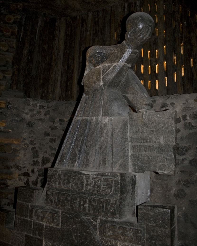 Escultura de Copérnico en Minas de sal