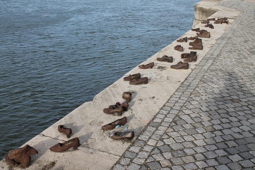 Monumento de los Zapatos en Budapest