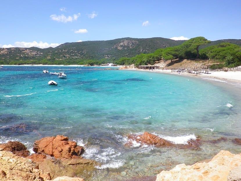 Playa de Palombaggia en Córcega