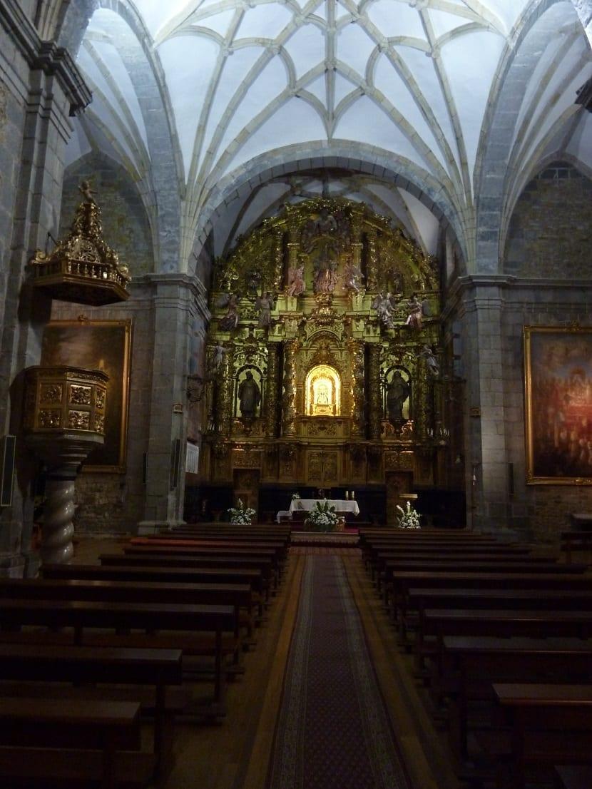 Interior Santuario de la Bien Aparecida