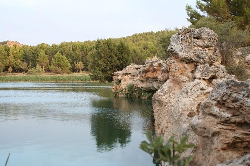 Lagunas Ruidera barrera tobácea