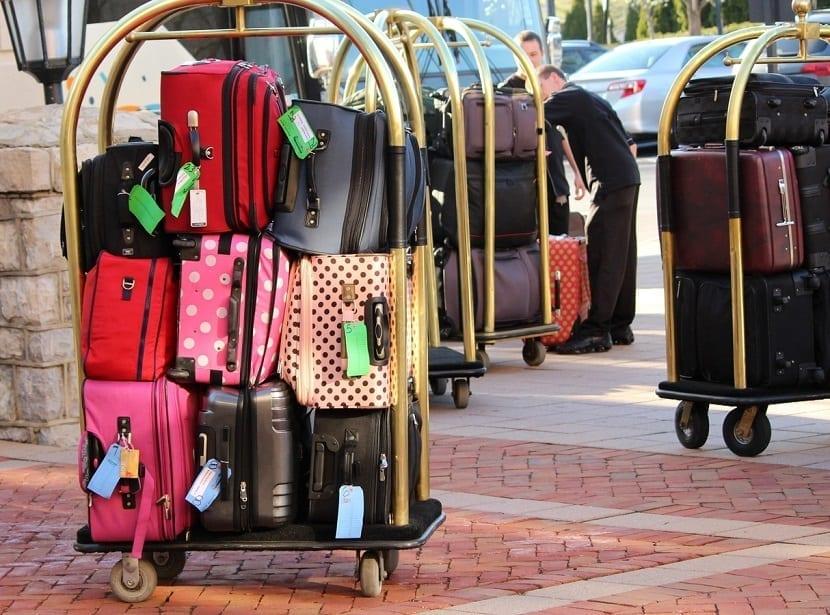 Beneficios de viajar sin maletas