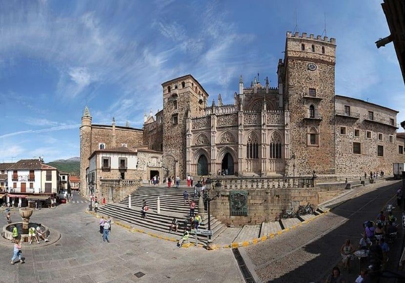 Leyendas Monasterio Cáceres