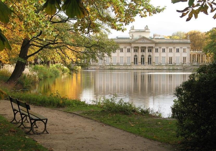 Palacio en la isla Varsovia