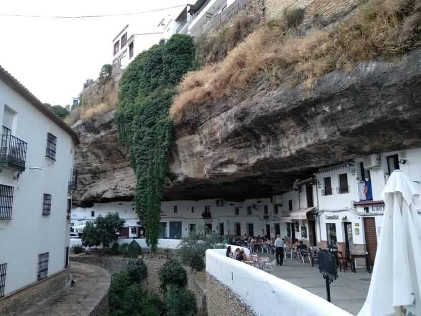 Calle Cuevas del Sol en Setenil de las Bodegas