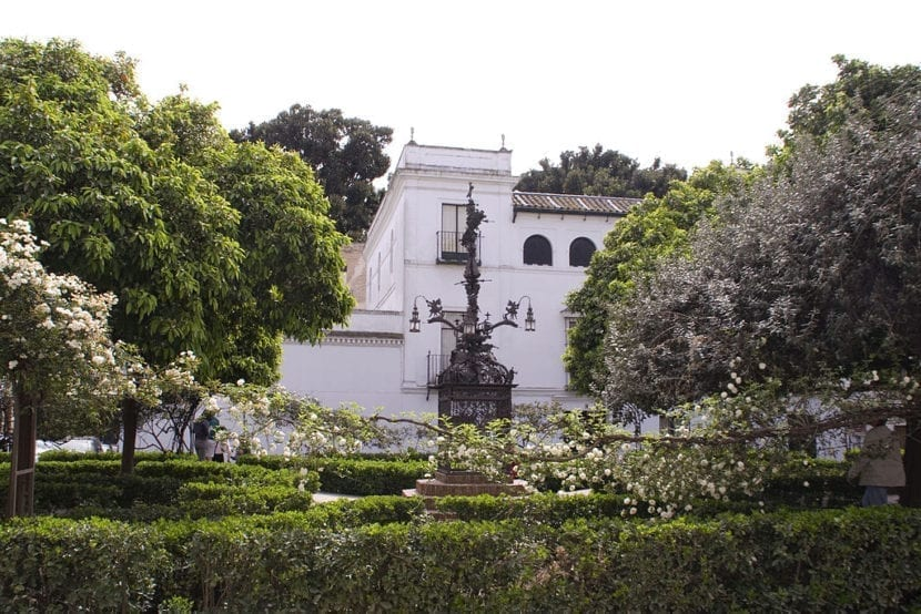 Plaza de Santa Cruz en Sevilla