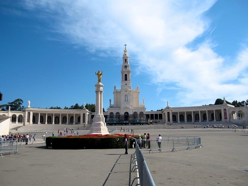 Visitar el Santuario de Fátima