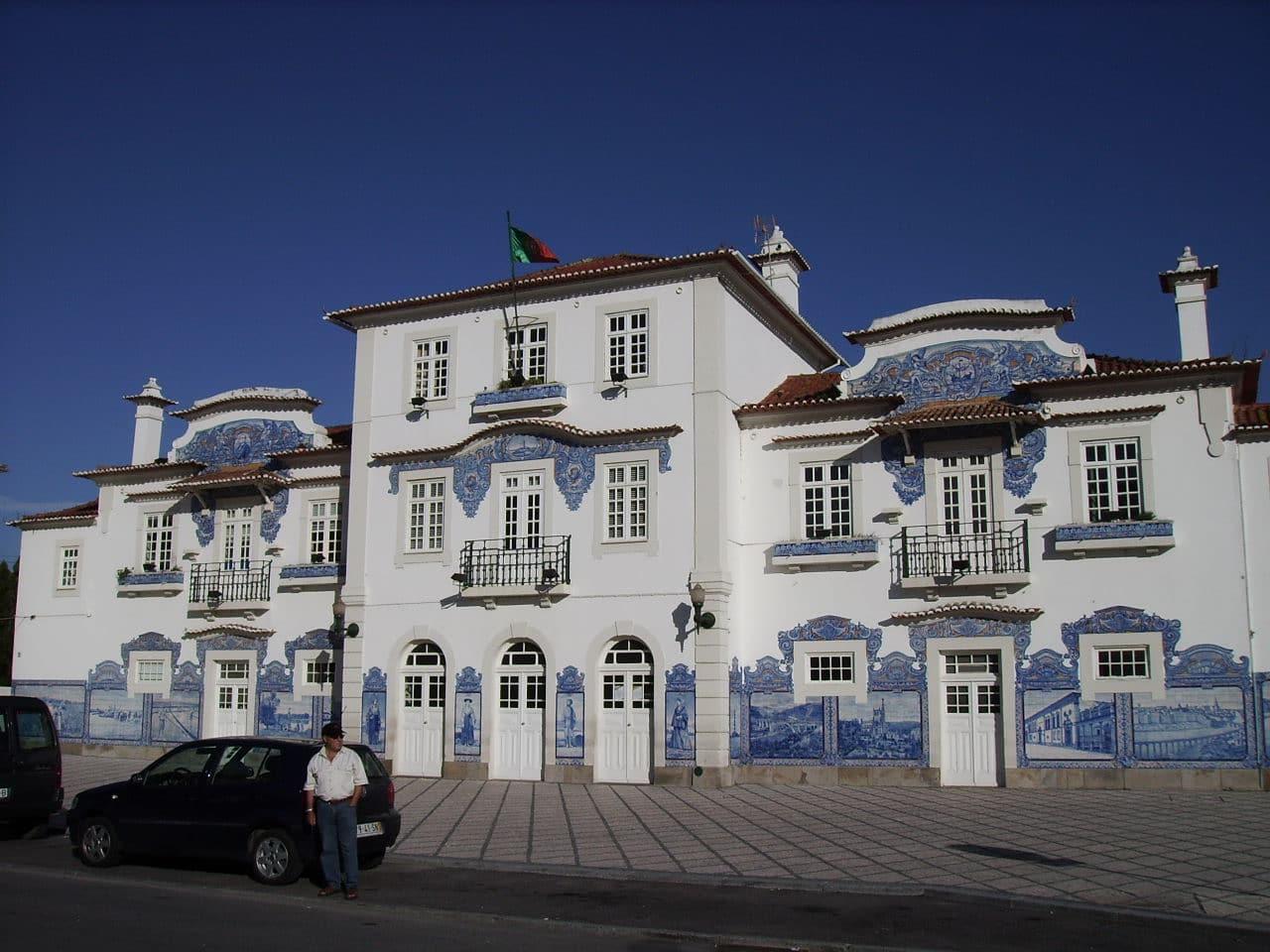Fachada de la estación de Aveiro