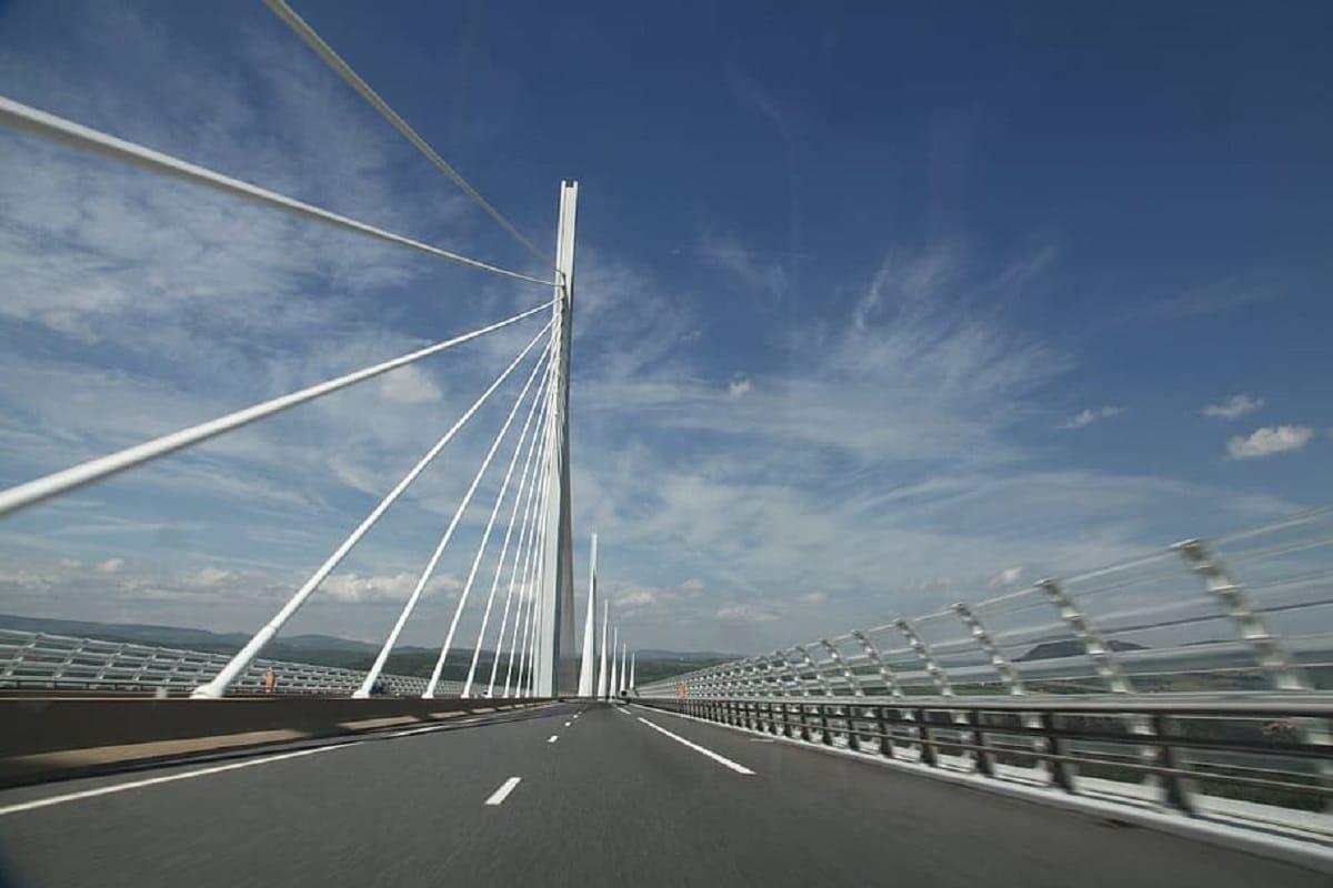 construccion viaducto