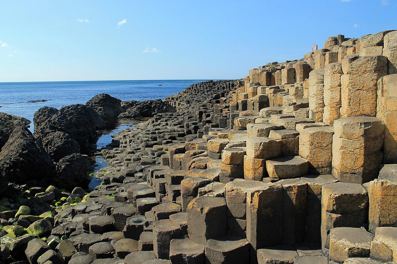 Las piedras hexagonales de la Calzada del Gigante