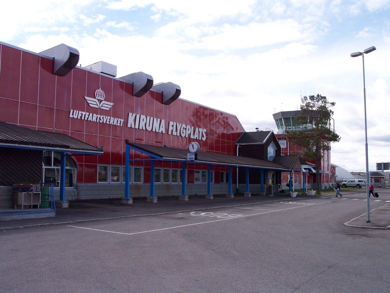 Entrada del aeropuerto de Kiruna