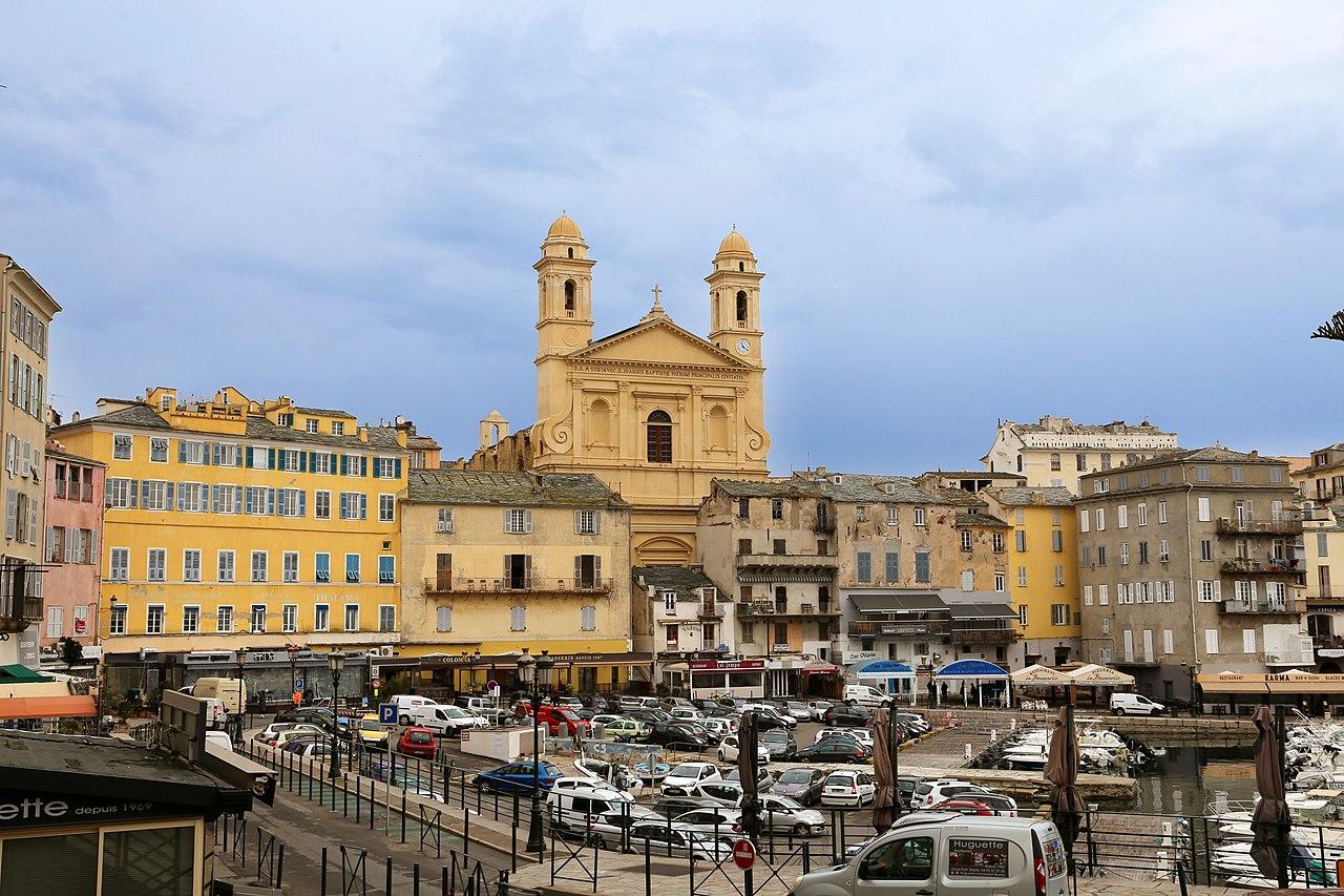 Vista de la ciudad de Bastia