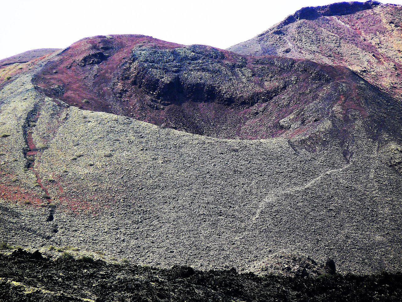 Un cono volcánico de Timanfaya