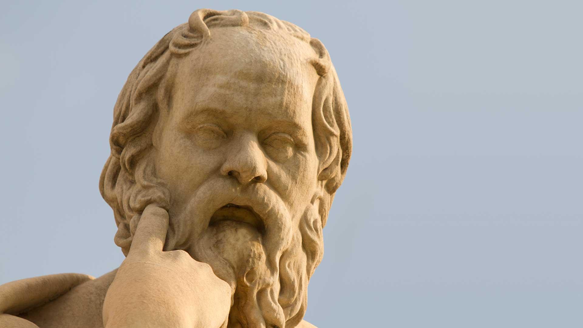 estatua Sócrates