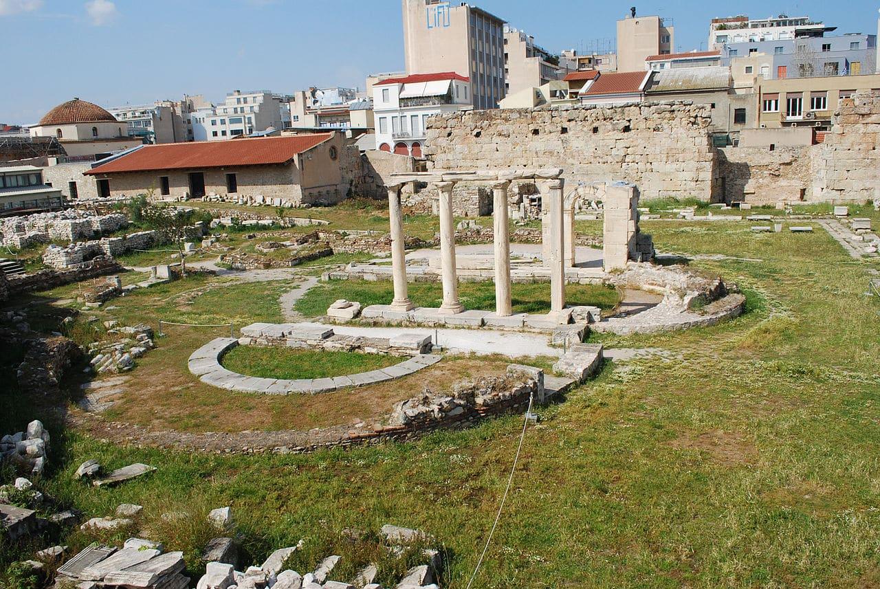 Las columnas de la Biblioteca de Adriano