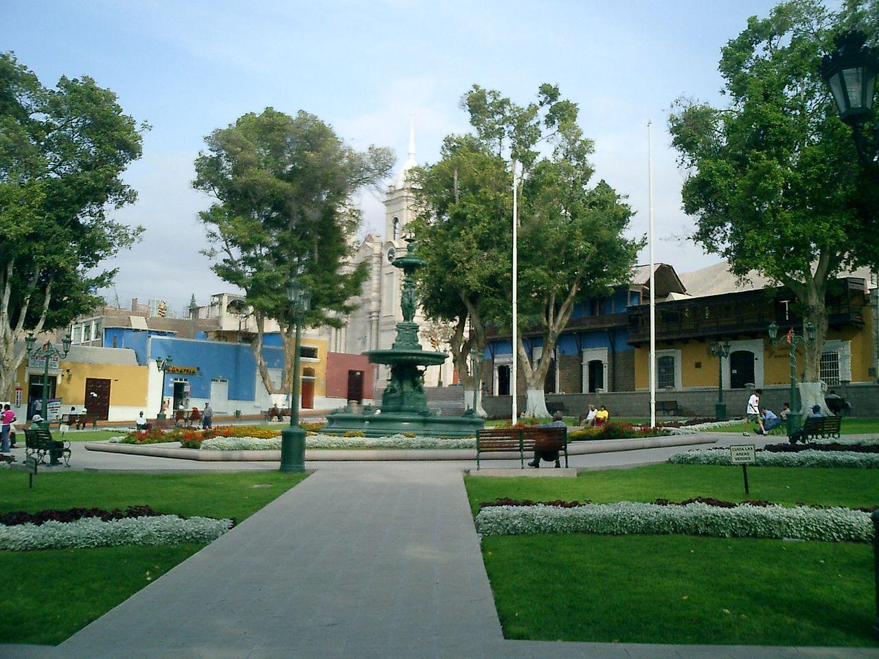 La plaza de Armas de Moquegua